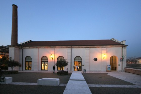 Sala Birolli, in riva all'Adige