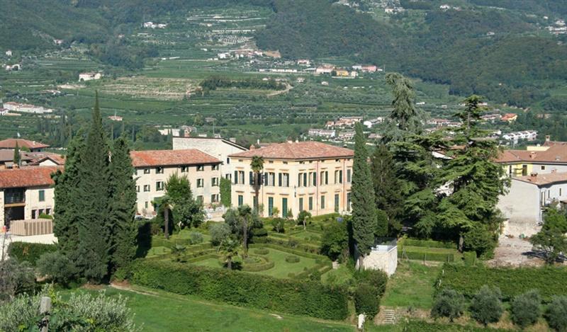 Il giardino all'italiana di Villa Spinosa